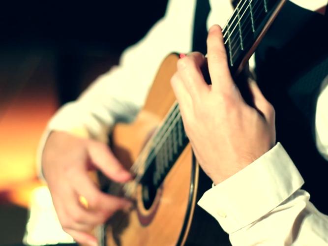 Dos Solistas, Dos Orquestas - Pablo Romero Luis & Margarita Rula Kaminska